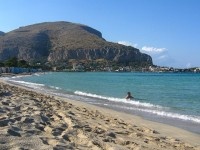 Mondello Beach, ©fachxx00/Flickr